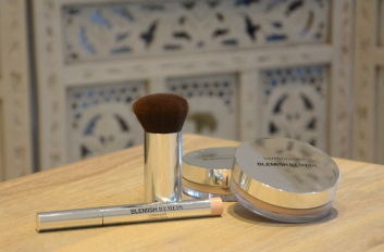 bareminerals-blemish-poudre-imperfections.JPG