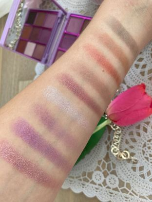 makeup-revolution-palette-fards-paupires (3)